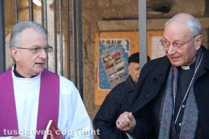 Viterbo - Delitto di via Santa Lucia - I funerali dei coniugi Fieno - Don Egidio e il vescovo Fumagalli