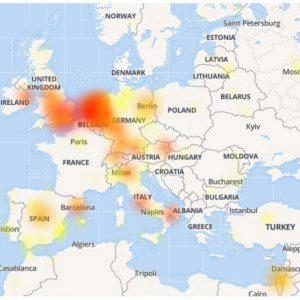 WhatsApp crolla in mezza Europa