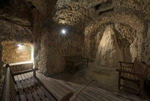 Viterbo - Terme dei papi - La grotta