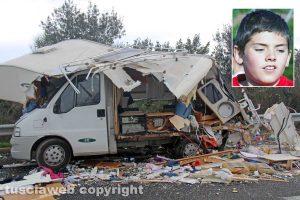 Viterbo - Schianto camper-camion sulla Superstrada - Nel riquadro: Davide Ciuffreda