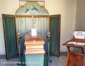 Tuscania - La camera ardente di Massimo Franceschini nel nuovo cimitero