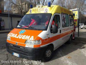 Un'ambulanza dei Cavalieri del soccorso