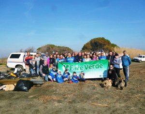 Tarquinia - I volontari di Fare Verde sulla spiaggia di San Giorgio