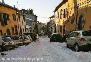 San Martino al Cimino - Neve in via Papa Nicolò III