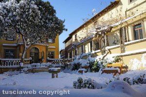 Viterbo coperta di neve - Piazza del Gesù