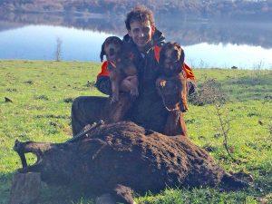Nicola Saraconi con le sue cagnoline