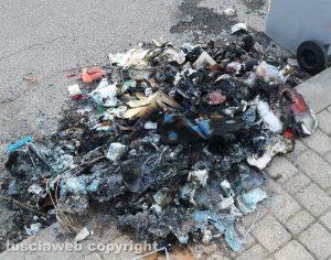 Viterbo - I rifiuti bruciati