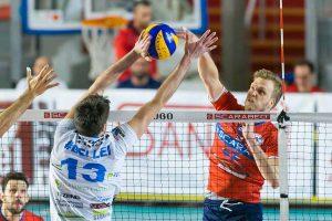 Sport - Volley maschile - Scarabeo GCF Roma – Centrale del Latte - Snippe in attacco