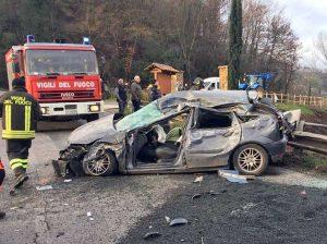 Civita Castellana - Tir contro auto