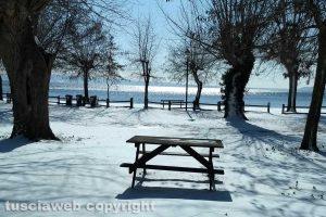San Lorenzo nuovo - San Lorenzo nuovo coperta dalla neve