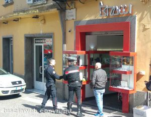 Rapina alla gioielleria Bracci (nei riquadri Giuseppe Trovato e Antonio Loria)