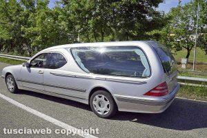 Un carro funebre