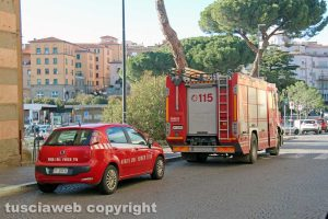 Viterbo - L'intervento dei vigili del fuoco in via Ascenzi