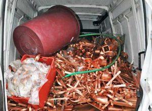 Il furgone rubato a Civita Castellana pieno di rame