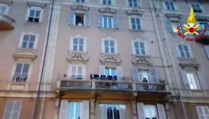 Genova - Esplode lavatrice in un appartamentoGenova - Esplode lavatrice in un appartamento
