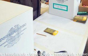 Elezioni - Un seggio