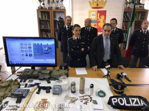 Viterbo - Il questore Suraci e Monia Morelli durante la conferenza stampa