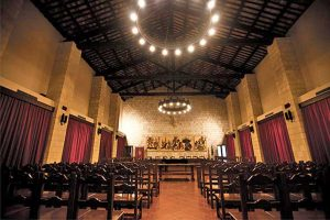 La sala consiliare del comune di Tarquinia