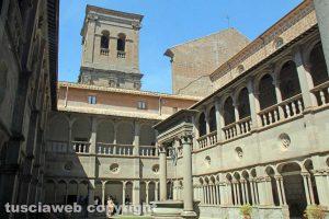 Santa Maria della Quercia - Il chiostro del santuario
