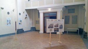 Viterbo - La mostra di Azione cattolica in allestimento