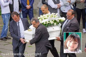 Viterbo - I funerali della piccola Silvia Iannaccone