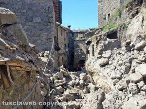 Chia - Il crollo nel centro storico