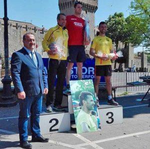 Vitorchiano - La premiazione della corsa podistica con il sindaco Grassotti