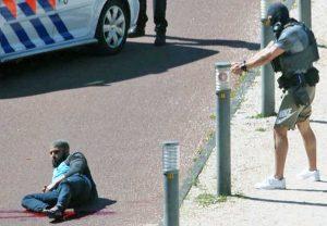 Aja - Uomo fermato dalla polizia dopo aver accoltellato tre persone