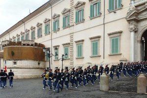 Roma - Gli allievi marescialli viterbesi al cambio della guardia al Quirinale