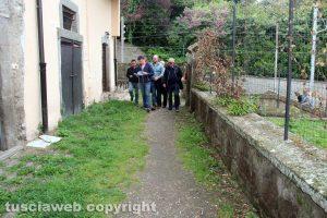 Bagnaia - L'accesso dal parcheggio a via Barozzi