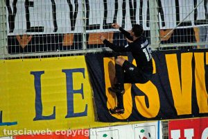 Sport - Calcio - Viterbese - L'esultanza di Jefferson