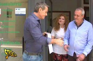 Monterosi - Striscia la notizia smaschera finto dentista