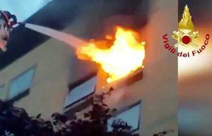 Roma - A fuoco appartamento in zona Prati