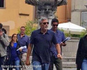 George Clooney back in Viterbo, Italy - 10 May Senza-titolo-1-8-300x243