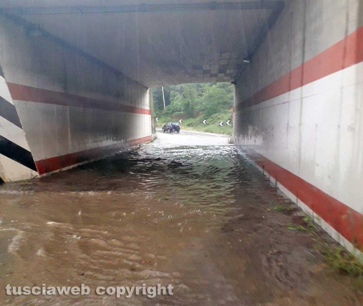 Nubifragio a Orte: strade allagate e viabilità chiusa verso la stazione