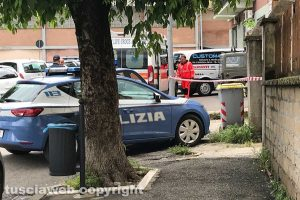 Viterbo - Uomo giù dal terzo piano a piazza Vittorio Veneto