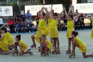 Sport - Pattinaggio artistico - Libertas Pilastro - Un gruppo di atlete