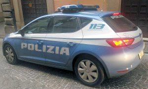 Viterbo - La squadra volante della polizia