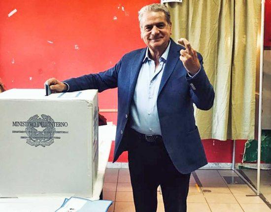 Elezioni comunali - Ballottaggio - Giovanni Arena vota