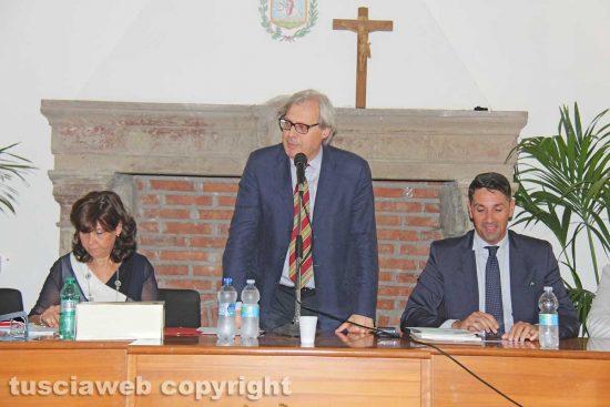 Sutri - Debutto di Sgarbi in consiglio comunale
