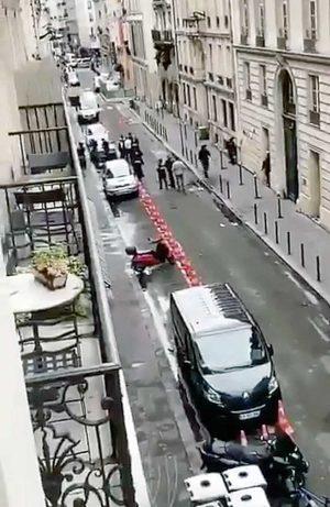 Parigi - Presa d'ostaggi nel decimo arrondissement