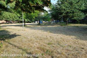Viterbo - Il parco giochi in via Monti Cimini pulito