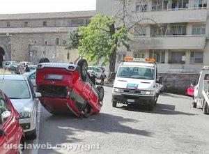 Viterbo - L'incidente in via della Caserma