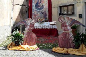 Valentano - L'infiorata dedicata a san Pio da Pietrelcina