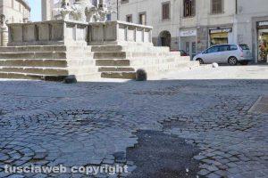 Viterbo - La 'toppa' in via delle Fabbriche