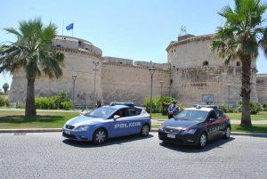 Carabinieri e polizia a Civitavecchia