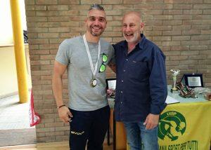 Luca Bisti premia Alessandro Pietropaoli