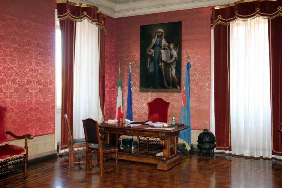 Viterbo - Comune - La scrivania del sindaco