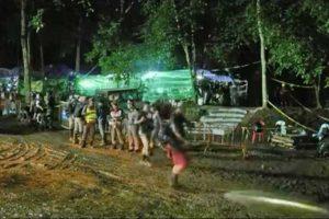 Thailandia - I soccorsi ai ragazzi bloccati nella grotta