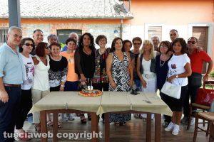 Montefiascone - La quinta B dell'istituto commerciale a quarant'anni dal diploma